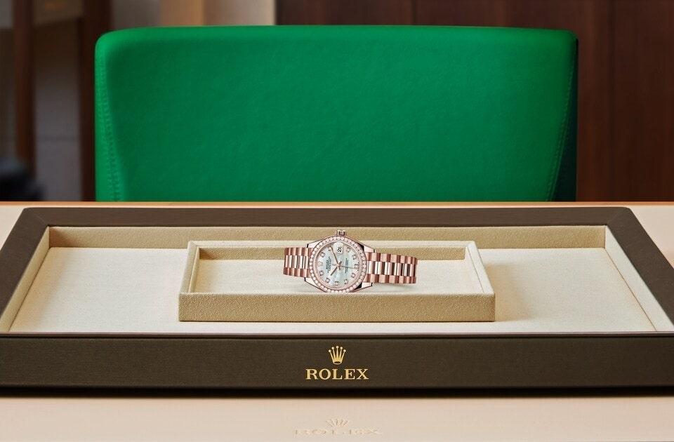 Rolex Lady-Datejust Oyster, 28 mm, emas Everose dan berlian m279135rbr-0010